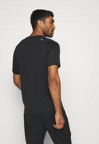 Nike Performance - Print T-shirt - black - 2