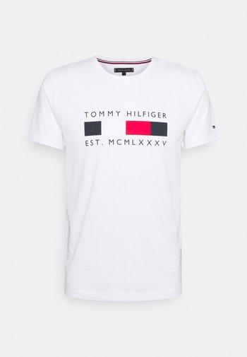 LOGO BOX STRIPE TEE - T-shirt imprimé - white