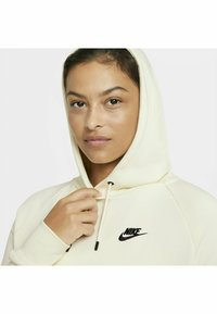 Nike Sportswear - HOODIE PLUS - Sweat à capuche - coconut milk/black - 8