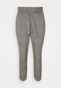 VMEVA LOOSE PAPERBAG LIV PANT - Trousers - tobacco brown