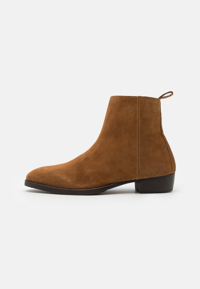 CHOCO - Classic ankle boots - tan