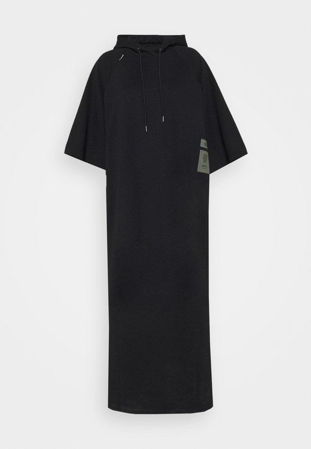 LONG HOODED DRESS - Długa sukienka - dark black