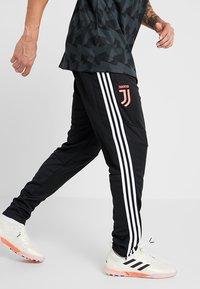 adidas Performance - JUVENTUS TURIN TR PNT - Vereinsmannschaften - black/white - 0