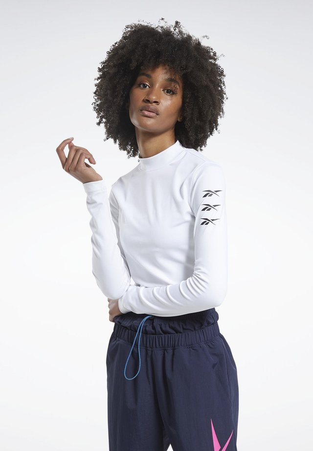 MYT LONG SLEEVE LONG-SLEEVE TOP - Long sleeved top - white