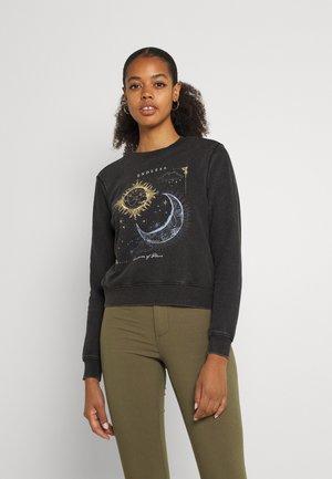 ONLLUCINDA LIFE VOYAGER BRIGHTEN BO - Sweatshirt - black