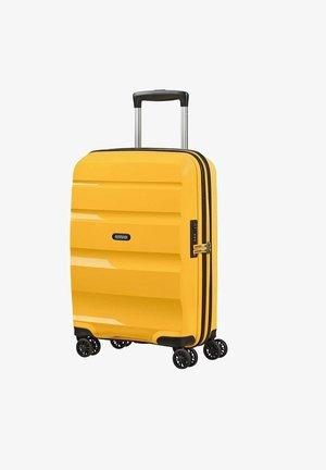 DLX  - Trillekoffert - giallo
