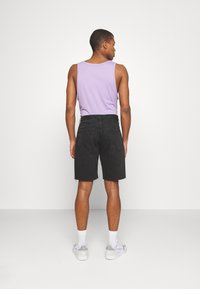 BDG Urban Outfitters - DAD - Denim shorts - washed black - 2