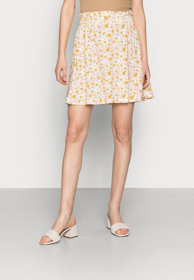SLFMILLY SHORT SKIRT - Mini skirt - sandshell
