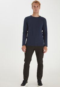 Casual Friday - THEO LS  - Long sleeved top - navy blazer - 1
