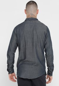 Houdini - M'S OUT AND ABOUT  - Shirt - blue illusion - 2