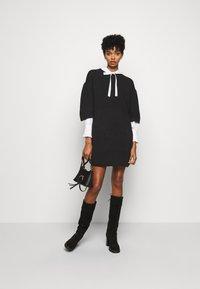 See by Chloé - Pletené šaty - obsidian black - 1