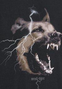 WRSTBHVR - RABIES - T-shirt med print - black washed - 6