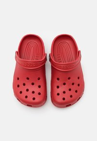 Crocs - CLASSIC UNISEX - Chanclas de baño - red - 3