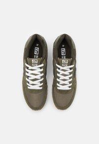 Blend - Sneakersy niskie - dusty olive - 3