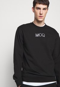McQ Alexander McQueen - Mikina - darkest black - 3