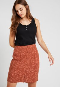 Object - Mini skirt - brown patina/white - 2