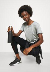Nike Performance - Medias - black/white - 3