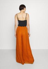 Diane von Furstenberg - ADAIR - Trousers - orange - 2