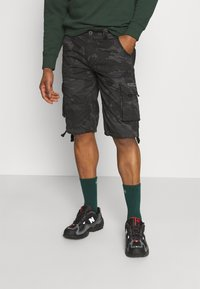 Alpha Industries - JET CAMO - Shorts - black - 0