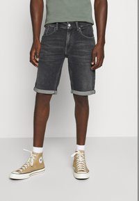 Tommy Jeans - RONNIE - Denim shorts - barton black comfort - 0