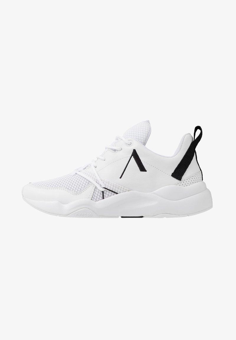 ARKK Copenhagen - ASYMETRIX F-PRO90 - Baskets basses - white/black