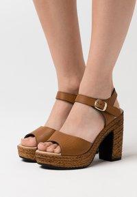 Tata Italia - Sandales à talons hauts - brown - 0