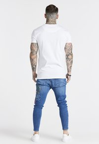 SIKSILK - AOKI DROP CROTCH EMBROIDERED - Slim fit jeans - midstone blue - 2