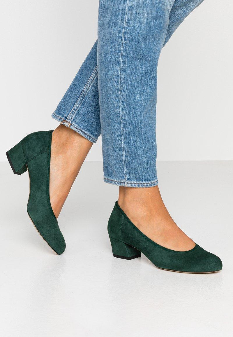 PERLATO - Classic heels - bosco