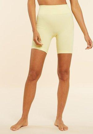 Shorts - jaune pâle