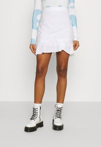 Nly by Nelly - FLOUNCY SKIRT - Pencil skirt - white - 0