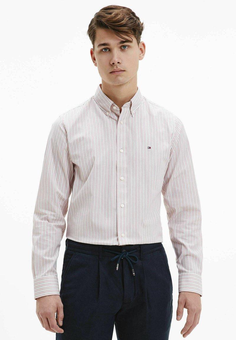 Tommy Hilfiger - BOLD STRIPE REGULAR FIT - Shirt - rose