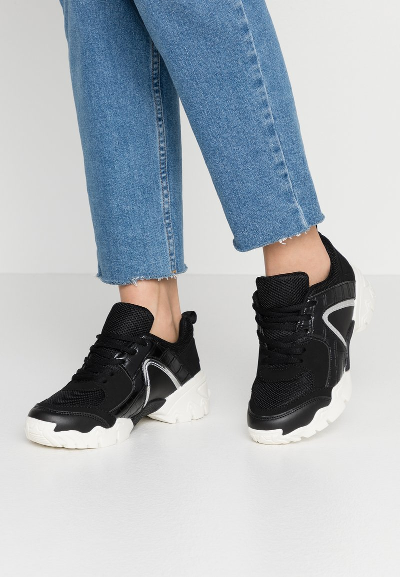 Hot Soles - Trainers - black
