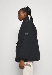 P.E Nation - TIE BREAK JACKET - Training jacket - black - 3