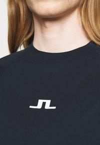 J.LINDEBERG - DAVIN - Print T-shirt - navy - 6
