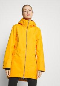 Didriksons - FOLKA - Waterproof jacket - saffron yellow - 0