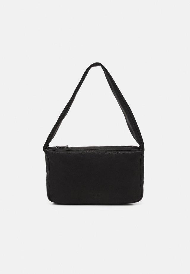 HOLLIE SHOULDER - Shopping bag - black