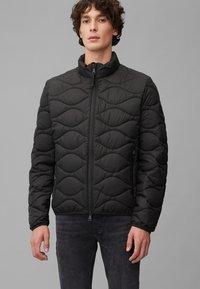 Marc O'Polo DENIM - MIT SLOW DOWN - NO DOWN-WATTIERUNG - Winter jacket - black - 0