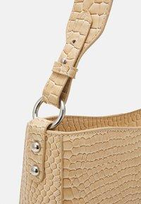 HVISK - AMBLE CROCO - Handbag - light beige - 3