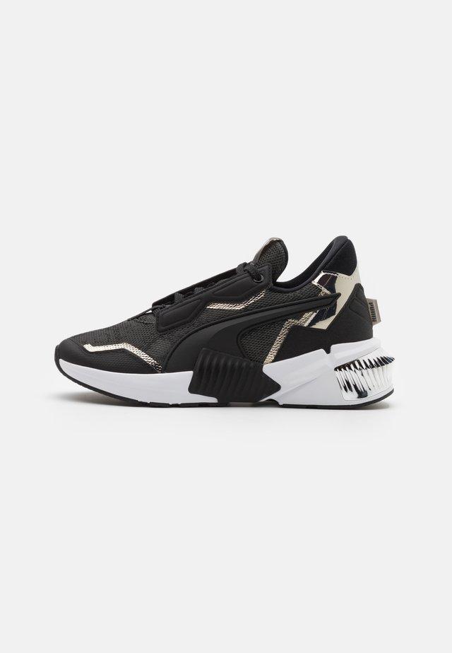 PROVOKE XT UNTMD UNISEX  - Sports shoes - black/metallic silver
