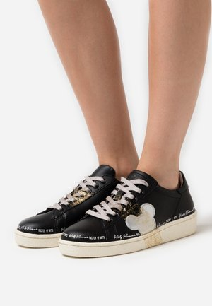 GRANMASTER - Sneaker low - black