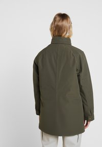 The North Face - INSULATED ARCTIC MOUNTAIN JACKET - Cappotto corto - new taupe green - 3