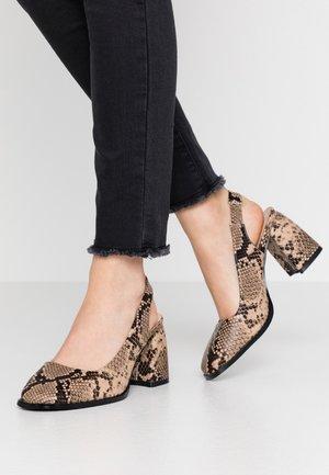 BLOCK HEEL SLING BACK SHOE - Classic heels - grey
