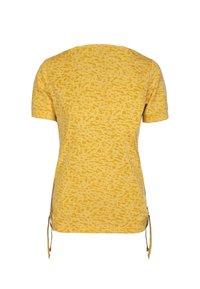 S'questo - SHIRT  - Print T-shirt - mittelgelb - 1