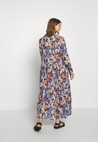Monki - COLLINA DRESS - Skjortekjole - blue - 2
