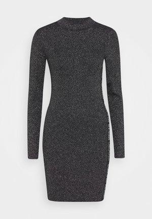 SILVER PLAITED DRESS - Pouzdrové šaty - silver