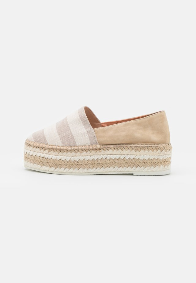 STRIPES - Espadryle - togo crudo/cream