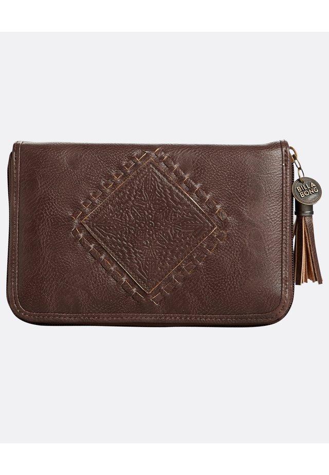 ARMELLE  - Geldbörse - brown