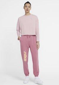 Nike Sportswear - W NSW LS  - Long sleeved top - plum chalk/plum chalk - 1