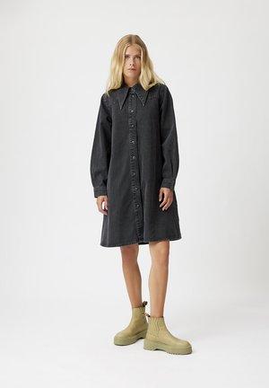 Denim dress - vintage black wash
