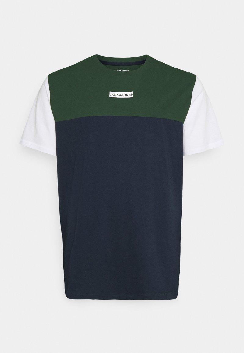 Jack & Jones - JCOBLOCKS TEE CREW NECK - Print T-shirt - darkest spruce